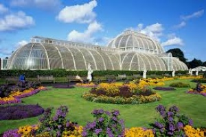 Gardens lead growth at visitor attractions in England